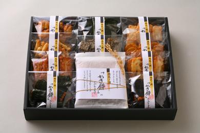 j13かき餅箱詰め