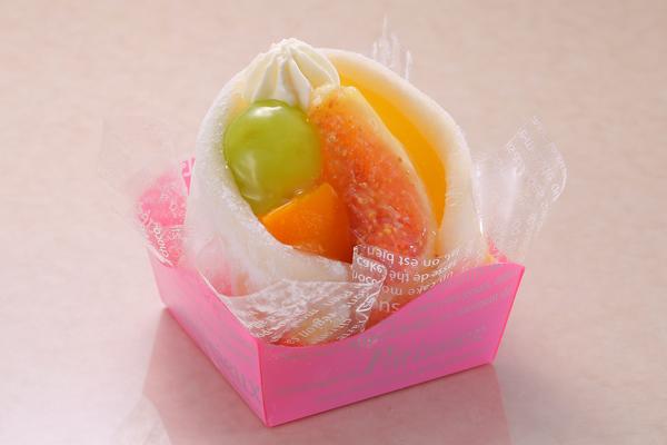 秋のフルーツ包み